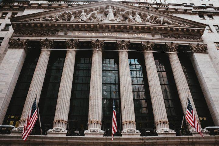 Melabur Dalam Pasaran Saham US melalui Bursa Malaysia
